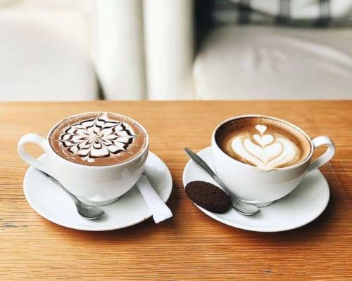 Cả hai loại cà phê đều mang đến hương vị độc đáo riêng